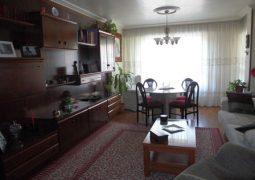 Se vende piso en Santa Rosa con 4 habitaciones