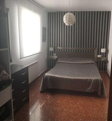 Se vende piso espacioso con vestidor zona centro - Muebles para garaje ...