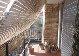 Piso en venta de 3 habitaciones con balcón a la calle para reformar en Zona Norte