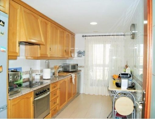 Espectacular piso en venta con calefacción entre otras en Santa Rosa-cocina