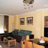 Espectacular piso en venta con calefacción entre otras en Santa Rosa-salon