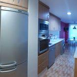 Moderno piso en venta con 4 habitaciones en Santa Rosa-cocina2
