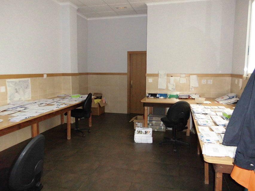 Se vende oficina en Santa Rosa-interior