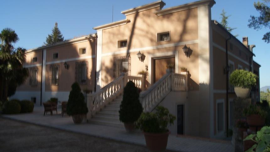 Casa de recreo en Muro de Alcoy-entrada