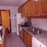 Vivienda con grandes ventajas en Ensanche-cocina