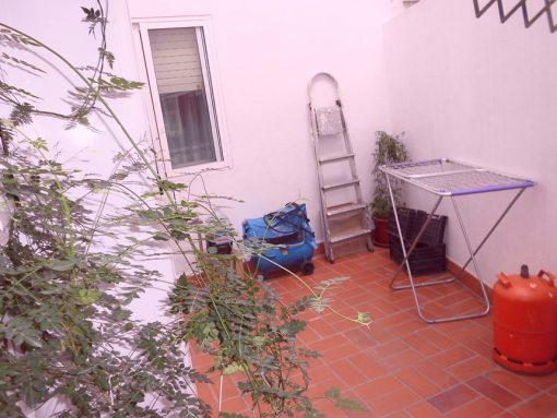 Vivienda con grandes ventajas en Ensanche-terraza